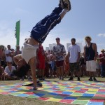 B-Boy Leeroc - Blood Masterz Crew - 1 handed handstand freeze - SGP 2014